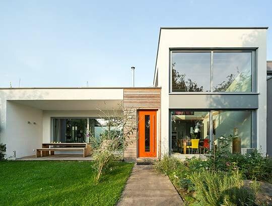 flachdachvilla holzh user von stommel haus. Black Bedroom Furniture Sets. Home Design Ideas
