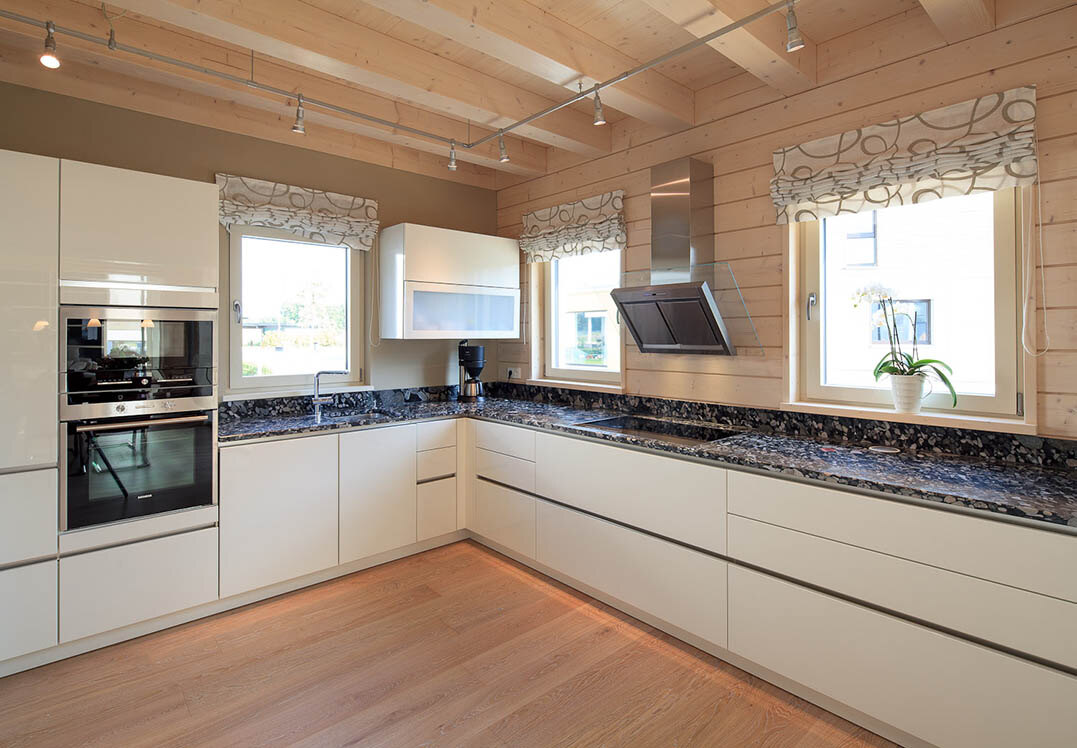 juwel in der fertighauswelt k ln holzh user von stommel haus. Black Bedroom Furniture Sets. Home Design Ideas