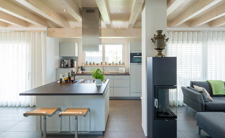 Wohnen im Bauhausstil | Holzhäuser von Stommel Haus